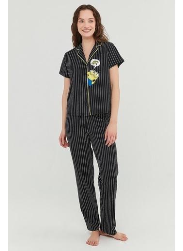 Penti Kadın Siyah Lic Minions Banana Pijama Takım PN1WXXTT21IY Siyah
